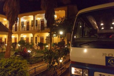springlands-hotel.jpg